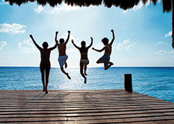 Savings starting at 40%, $200 in Resort Coupons PLUS Bonuses at Sunscape Resorts & Spas!