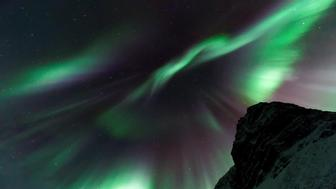 Best Escorted Tours to View the Northern Lights