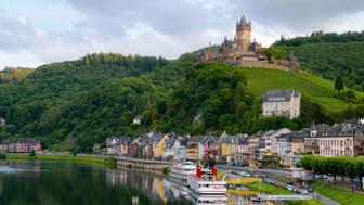 How to Save on a Danube River Cruise